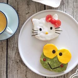 卡通吐司南瓜牛奶水果早餐