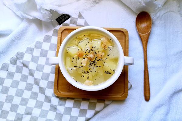 冬瓜土豆瑶柱汤