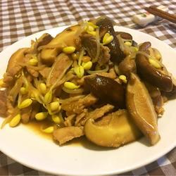 豆芽鲜菇炒肉丝