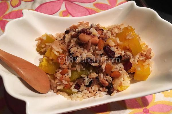 鱿鱼南瓜焖饭(电饭煲)