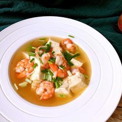 鲜虾豆腐汤