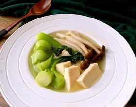 油菜蘑菇豆腐汤
