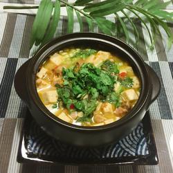 咸鱼、鸡粒豆腐煲