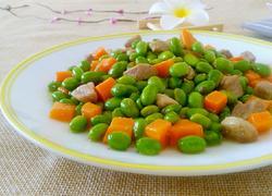 毛豆炒胡萝卜粒