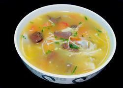 鸭血金针菇番茄汤
