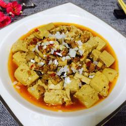 肉末香菇烩豆腐