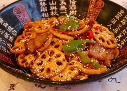 莲藕五花肉香锅