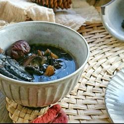 熟地黑豆乌鸡汤的做法[图]