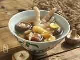 香菇栗子鸡爪汤的做法[图]