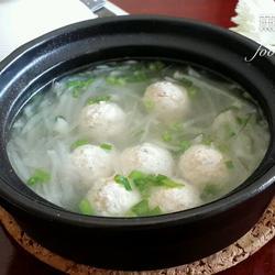 砂锅豆腐丸子萝卜丝汤