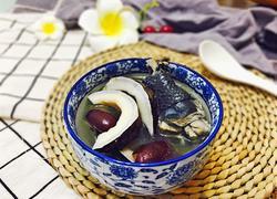 椰皇乌鸡汤(秋冬滋润)