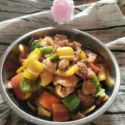 彩椒炒五花肉