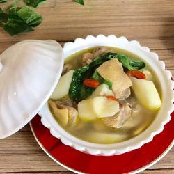 山药薏苡仁鸡汤