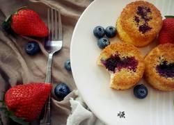 蓝莓爆浆椰香海绵蛋糕