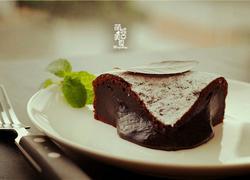 巧克力流心蛋糕