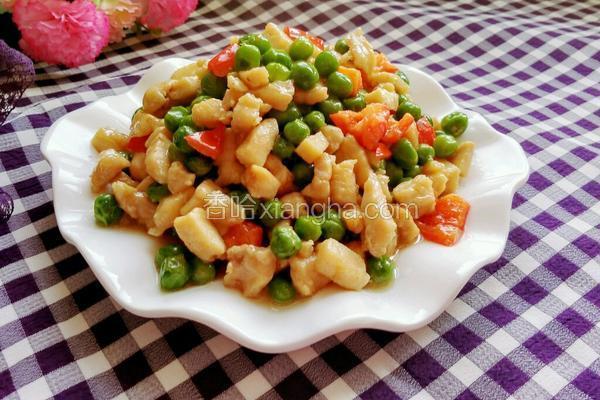 豌豆炒鸡丁