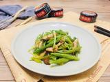 香菇酱辣炒雪豆的做法[图]