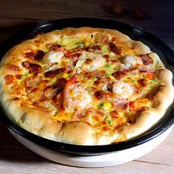 培根鲜虾芝心披萨