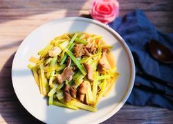 芹菜炒鸭肠