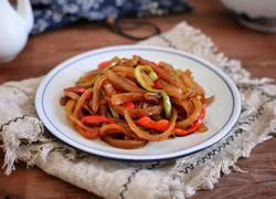 洋葱辣椒炒肉皮