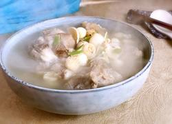 百合莲子猪骨汤