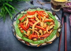 彩豆菜椒鸡肉丝