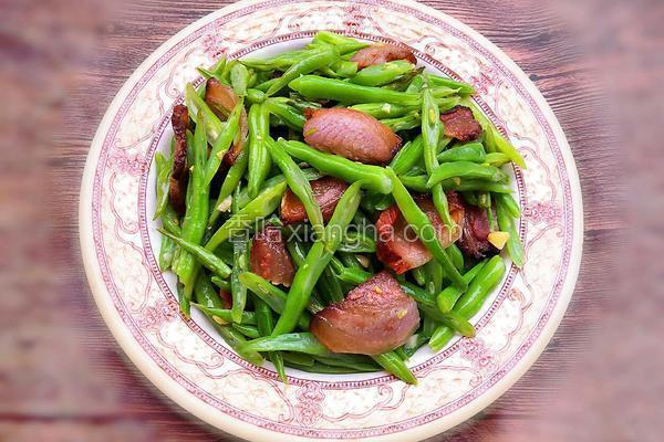 腊肉炒四季豆