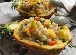 杂锦菠萝炒饭
