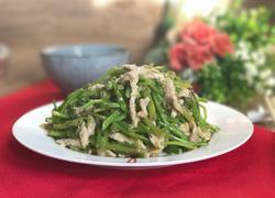 菠菜梗炒肉
