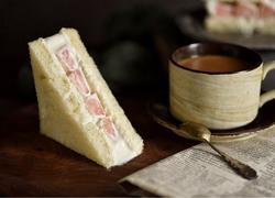 蜜桃三明治