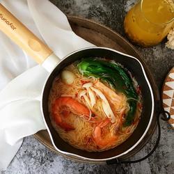 鲜虾时蔬米线的做法[图]