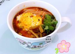 鸡蛋酸辣汤面