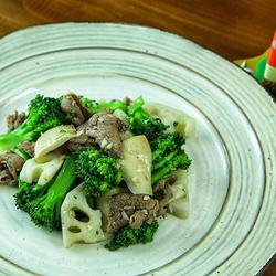 牛肉炒杂菜的做法[图]