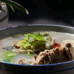 奶香鱼头汤