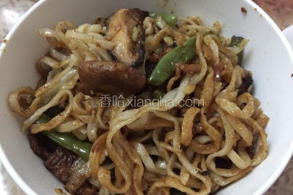 豆角土豆蘑菇肉焖面