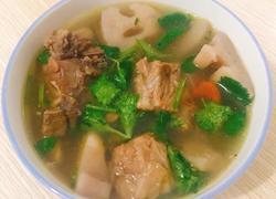 莲藕龙骨汤