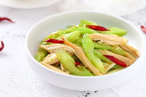 西芹拌腐竹