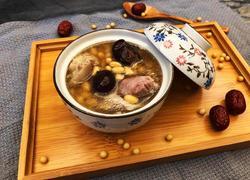 猪蹄黄豆汤