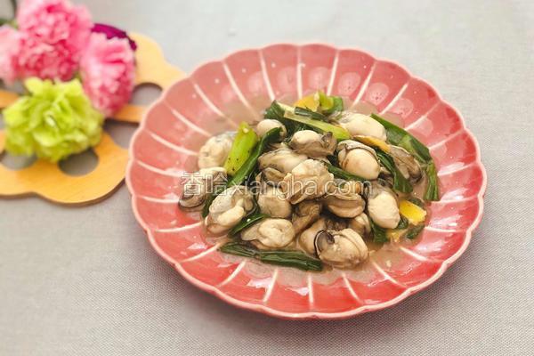 粤式-蒜苗炒生蚝