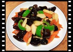 黑木耳炒山药(清肠美食)