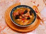 羊肚菌杏鲍菇瑶柱鸡汤的做法[图]