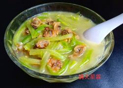 青萝卜蛤蜊肉汤