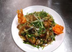 蒜子焖草鱼