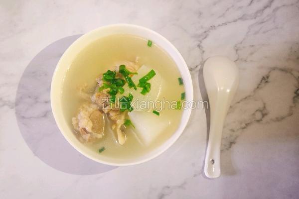 筒子骨萝卜汤