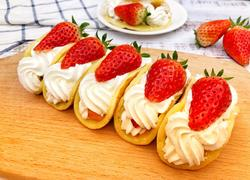 奶油草莓松饼