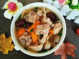 电饭煲莲藕胡萝卜排骨汤的做法[图]