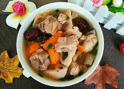 电饭煲莲藕胡萝卜排骨汤