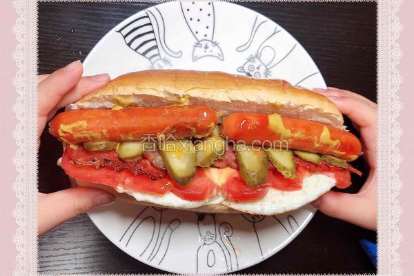 巨无霸热狗(营养丰富的一款洋快餐)