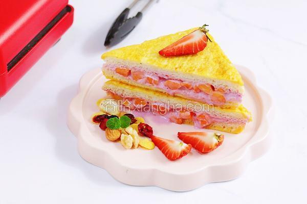 下午茶#木瓜酸奶爆浆三明治#