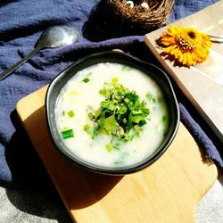 韭香花蛤海鲜汤的做法[图]